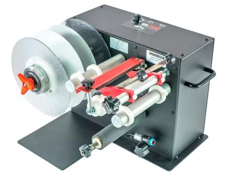 SR-10 - Etiketten-Schneidestation mit Aufwickler, Kern 76mm, Rollendurchmesser 220mm, Etikettenbreite 255mm, Rückspulrichtung von links nach rechts