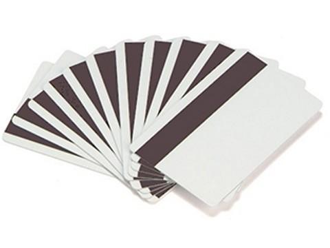 Plastikkarte - 30mil, 0.76mm mit unprogrammiertem Lo-Co Magnetstreifen (blanko), weiss, mit Unterschrifts-Feld